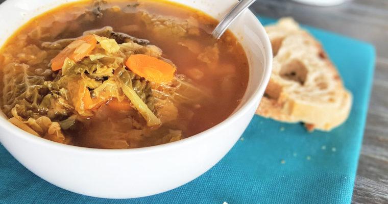Soupe au chou, repas complet réconfortant