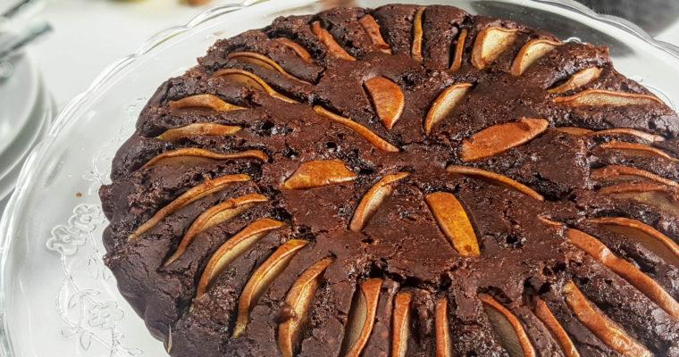 Gâteau aux poires, amandes grillées et chocolat (vegan et sans gluten)