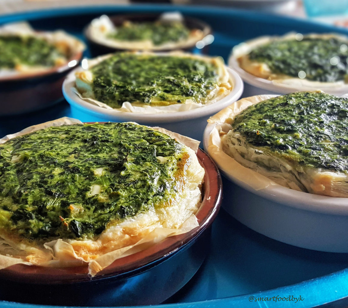 Spinach tartlets with fresh goat cheese
