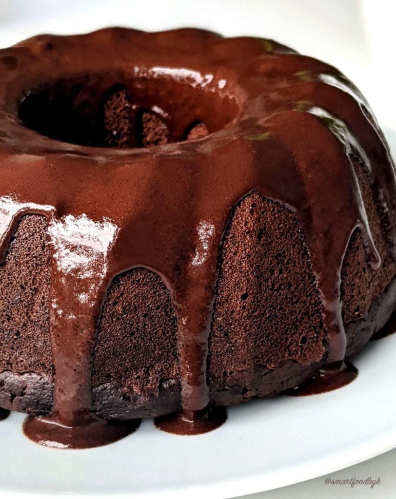 Vegan fluffy chocolate cake