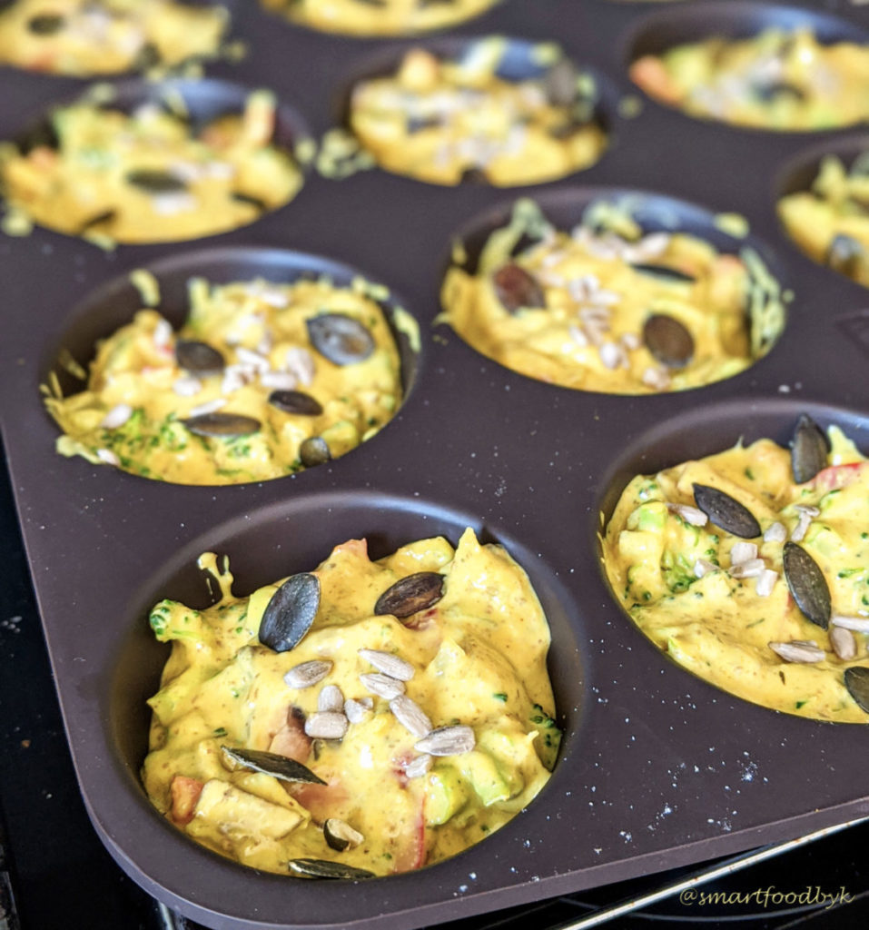 no-egg bites ready to bake. bouchées veggies protéinées prêtes à enfourner.