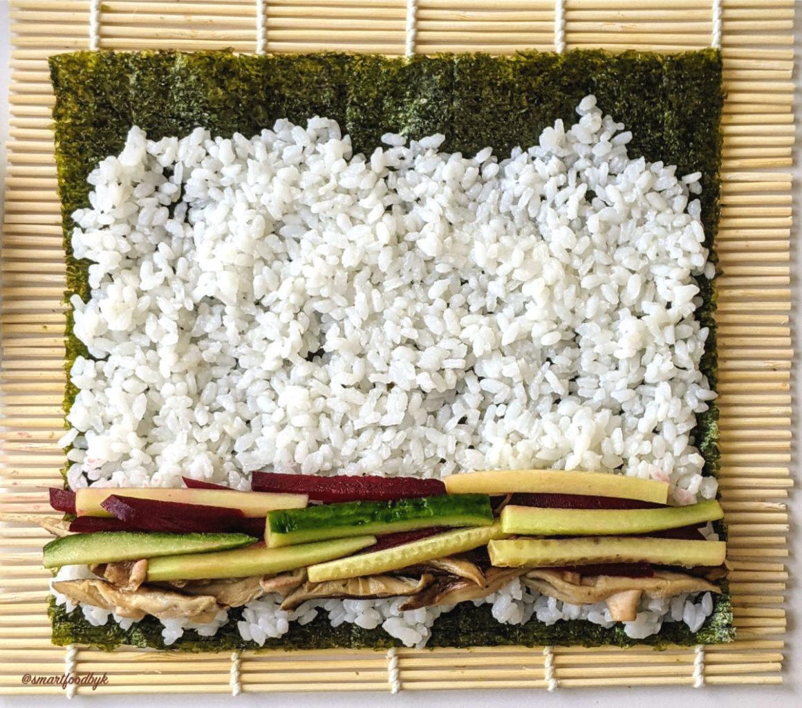 Shiitake sushi ready to roll.