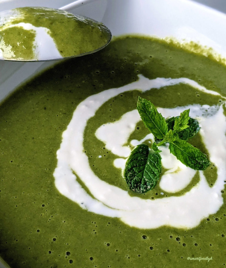 Delicious, creamy, peas, spinach and mint potage